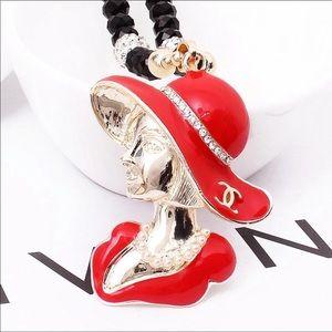 Jewelry - MADAM Necklace
